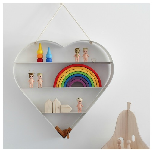 heart-shelf